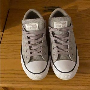 ✨Gray/purple Converse Size 10